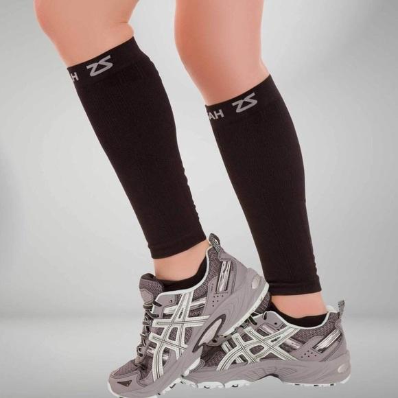 a068576be00f90 Zensah Compression Leg Sleeves • S/M. M_5b1bfdc3a31c330d562020bb